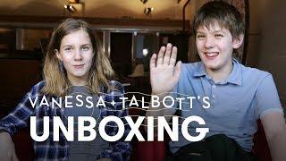 Vanessa & Talbott   Unboxing   HiHo Kids