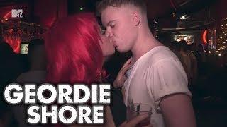 GEORDIE SHORE SEASON 5 - TASHIN ON WITH EVERYBODY | MTV