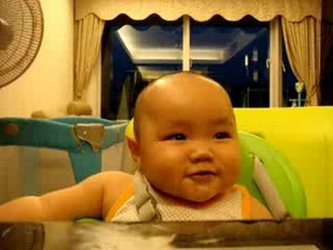 funny baby 吔蕉BB