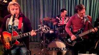 A Song About Losing Your Temper! Blow A Fuse, by Junebug. Foo Fighters style.