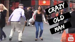 Psycho Old Man Scare Prank - Jackass Bad Grandpa -شاهد هذا العجوز المجنون يخيف الفتيات في شوارع لندن