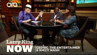 """Cedric The Entertainer & Niecy Nash talk """"The Cosby Show,"""" & teach Larry swag"""