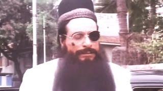 Kadar Khan as Parsi Bawa, Baap Numbri Beta Dus Numbri - Comedy Scene