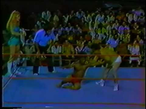 WWC Velvet McIntyre & Kid Chocolate vs. Joyce Grable & Chico Santana 1983