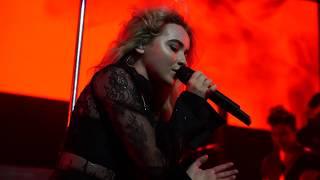 Sabrina Carpenter - De-Tour Intro + Feels Like Loneliness + Smoke and Fire (De-Tour Live, Vancouver)