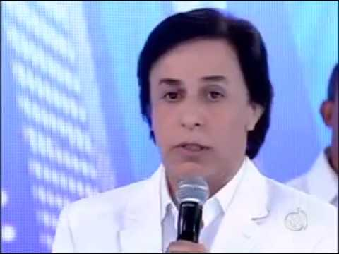 Tom Cavalcante homenagea Tiririca e chora