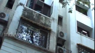 Bollywood Celebrity Home - Dimple Kapadia 's House In Mumbai | India Video