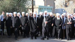 رسالةُ شديدة اللهجة للأسد في السويداء على لسان الشيخ وحيد البلعوس... - هنا سوريا