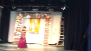 Bollywood Dance by Aashvi on Radha tera jhumka
