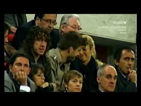 Xxx Mp4 Los Abrazos Y Besos De Shakira A Pique En El Partido F C Barcelona Vs Osasuna 2 0 23 04 2011 3gp Sex