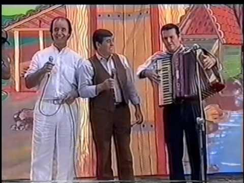 Trio da Vitória Expresso boiadeiro.avi
