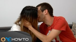 How to kiss without tongue - Step by step