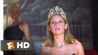I Know What You Did Last Summer (6/10) Movie CLIP - A Killer in the Balcony (1997) HD