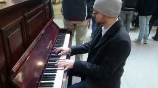 Get Lucky, by Daft Punk, Pharrell & N. Rodgers, piano cover  - busking in the streets of London, UK