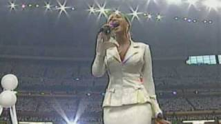 Beyoncé USA National Anthem Live @ Super Bowl 2004 [HQ]