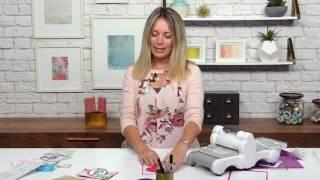 How to Make a Flip Card  with Stephanie Barnard | Sizzix
