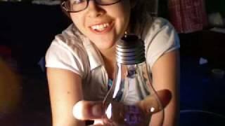 DIY- How to Make a Light Bulb vase