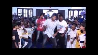 Wedding flash mob in Kerala surprise