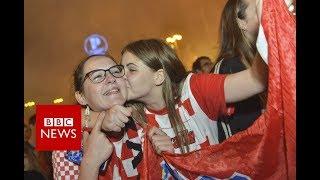 World Cup 2018: Croatia fans celebrate World Cup semi-final win - BBC News