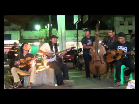 Amazing Street Musicians at Malioboro Yogyakarta