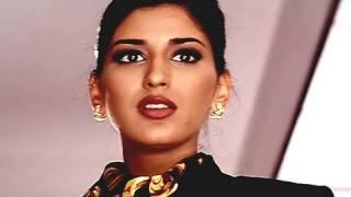 Sonali Bendre as Air Hostess - Sapoot Scene