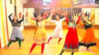 Dhol Baaje Choreography - Ek Paheli Leela by Jhankar Girls
