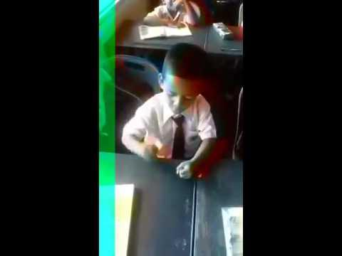 Budak sekolah nyanyi lagu jdt