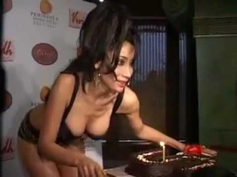 Xxx Mp4 SEXY VEDIO S SOFIYA HAYAT BIRTHDAY CELEBRETIONIN BIKNI PART 3 3gp Sex