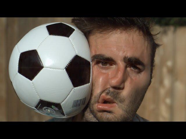Fußball vs Gesicht 1000x langsamer - The Slo Mo Guys