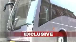 SRKs 3.5crore super luxurious Vanity Van
