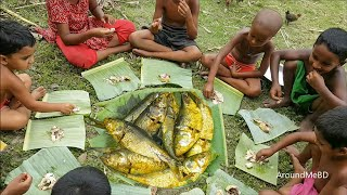 Wild Survival Style Hilsa/Elish Fish Cooking By Kids - Weird Fish Cooking Idea Of Village Children