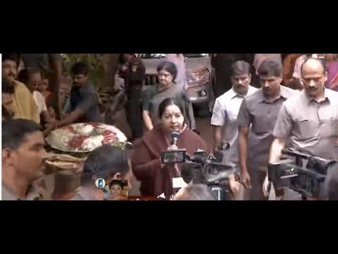 Actress Nadhiya talks through phone about `Aachi Manorama' | Tamil Nadu | News7 Tamil
