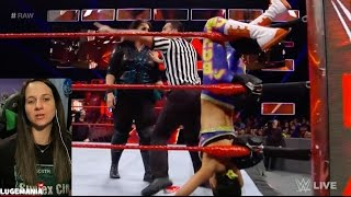WWE Raw 3/13/17 Bayley vs Nia Jax