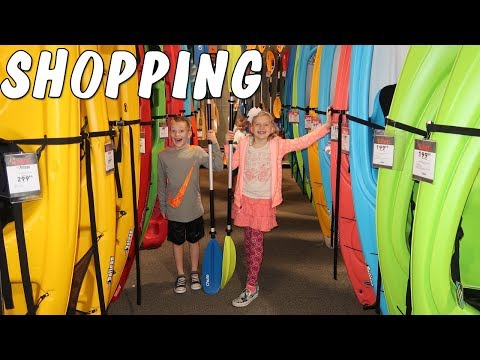 Girls Time Shopping Kids Try Sour Food Chris Stitches Out & Baby Bumpdate Mommy Monday