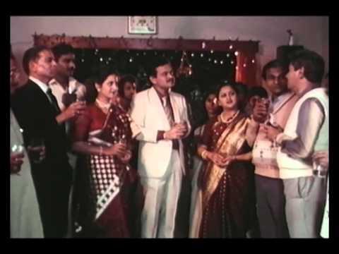 Xxx Mp4 Dhakti Soon Superhit Marathi Full Movie Savita Prabhune Laxmikant Berde Sharad Tali 3gp Sex