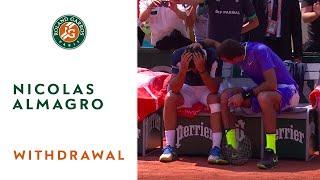 Nicolas Almagro bursts into tears following his match against Juan Martin del Potro | Roland-Garros