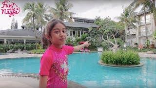 Bermain Air dan Berenang di Kolam Bentuk Fidget Spinner