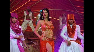 Katrina Kaif sizzling performance at Stardust Awards 2006
