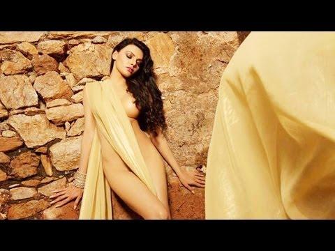 Is Sherlyn Chopra trying to wear a saree