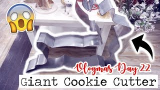 LAST MINUTE CHRISTMAS SHOPPING & A GIANT COOKIE CUTTER!? || Vlogmas Day 22