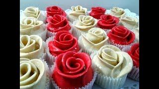 حلوة اللوز الراقية على شكل الوردة /Sweet in the shape of a rose