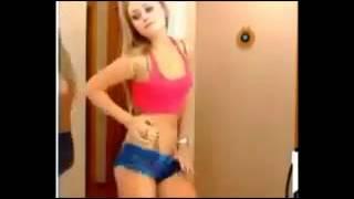 Sexiest girl dancing nude