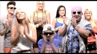 Adrian Rooz - Bä Bä Vita Lamm (Officiell Video)