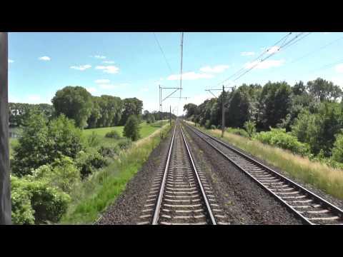 Odcinek Gniezno Mogilno Inowrocław z tyłu pociągu TLK Heweliusz