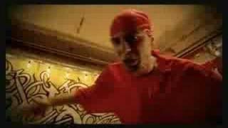 Spike feat Chelo - Bizar (necenzurat)