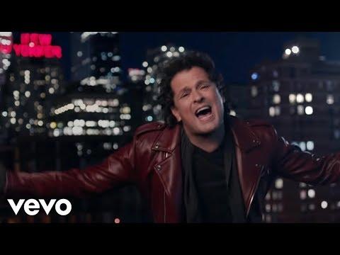 Carlos Vives - Al Filo de Tu Amor (Official Video)