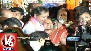 Countless Emotions and Silent Tears : TRS Chief KCR Remain Silent in Yesterday Rally