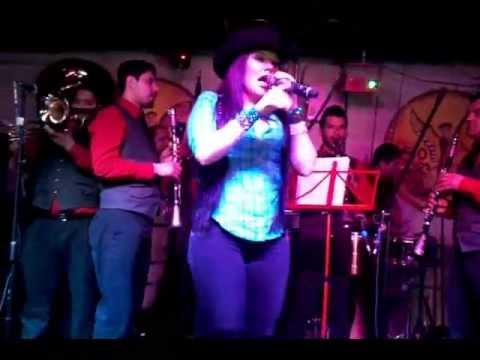 Diana Reyes en Birmingham AL en El Centenario Night Club