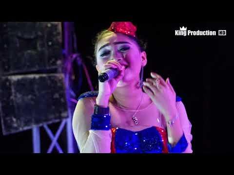 Wadon Selingan -  Desy Paraswaty Live Dukuhwangon Kubangsari