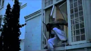 One Flew Over The Cuckoo's Nest(1975).Epic Ending. Chief runs free.
